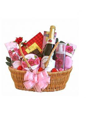 Monmartt Delicious Sparkling Valentine Spa Gift Basket