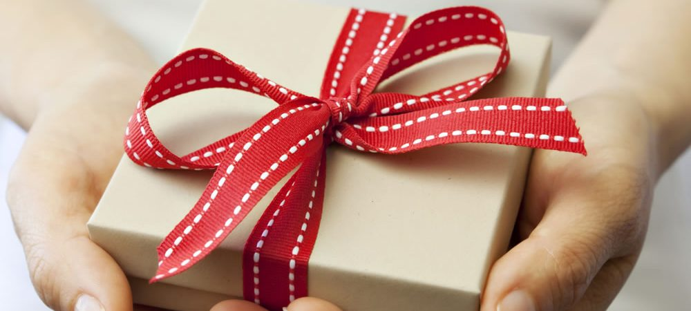 10 Amazing reasons to give a gift